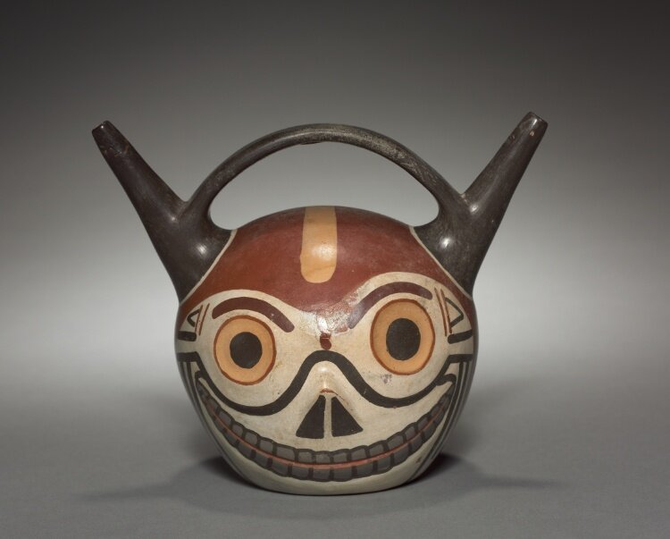 Wari culture of Peru, Skull vessel, 6th-9th century