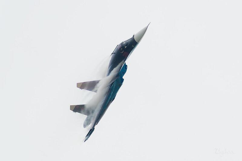 Сухой Су-34 (28 красный) D802160