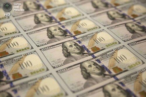 Новая купюра номиналом $ 100 войдет в обиход с 8 октября