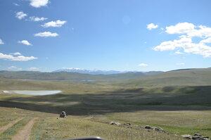Спуск в долину озера Ак-Куль