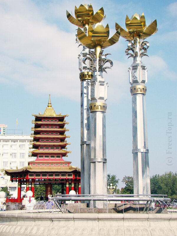 пагода семи дней, фонтан