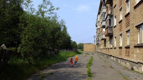 Фото города Инта №5282  Западная сторона Заводской 4 25.07.2013_13:41