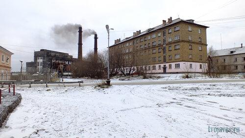 Фото города Инта №6178  Киров 2 (ТГК9) и Полярная 8 10.11.2013_13:22