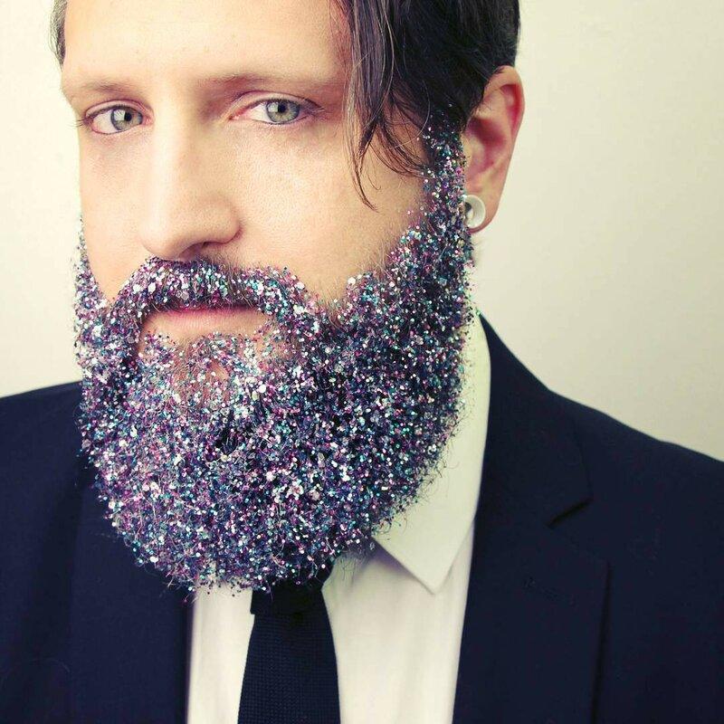 глиттер-на-бороде-украшаем-бороду4.png