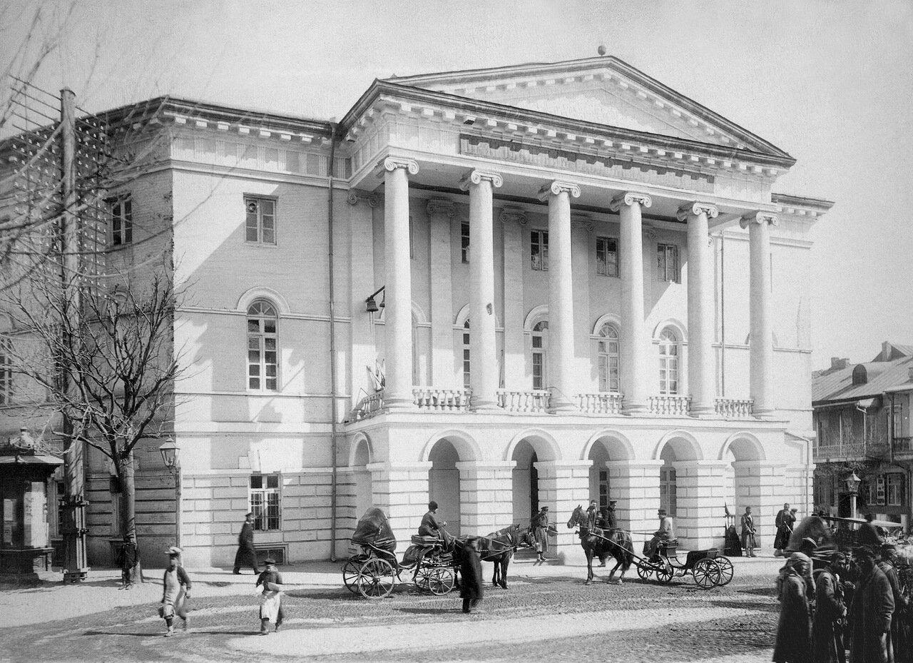 Православная духовная семинария. Главный фасад