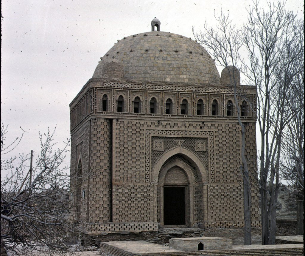 25 Amar Ismail tomb