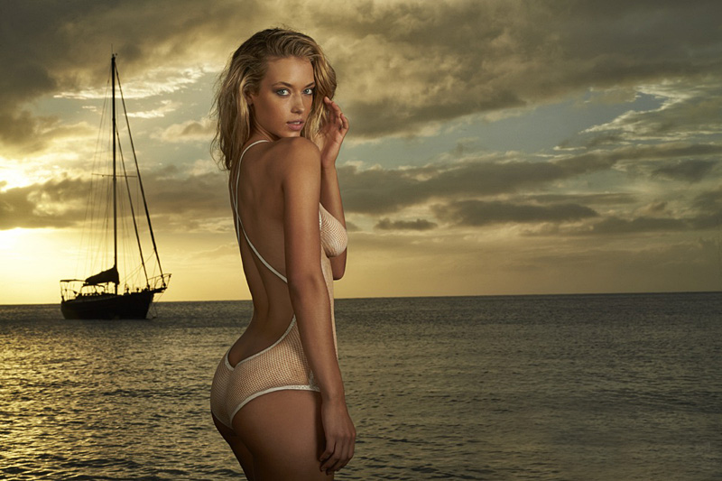Hannah Ferguson в Sports Illustrated Swimsuit 2014