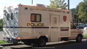 Гарвардский университет эвакуируют из-за сообщения о бомбе