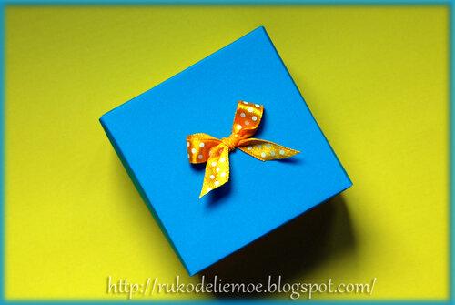 Серьги - цветочные шары из пластики