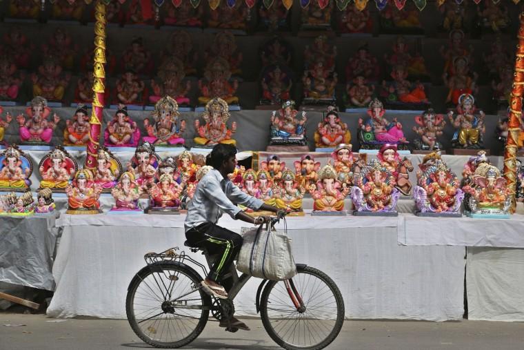 В Индии празднуют День рождения Ганеша 0 1454cb 7f04ec7e orig