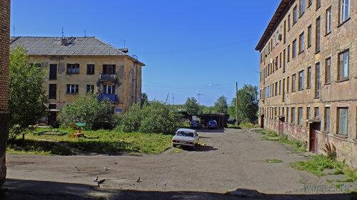 Фотография Инты №5566  Спортивная 87 и Восточная 88 06.08.2013_13:54