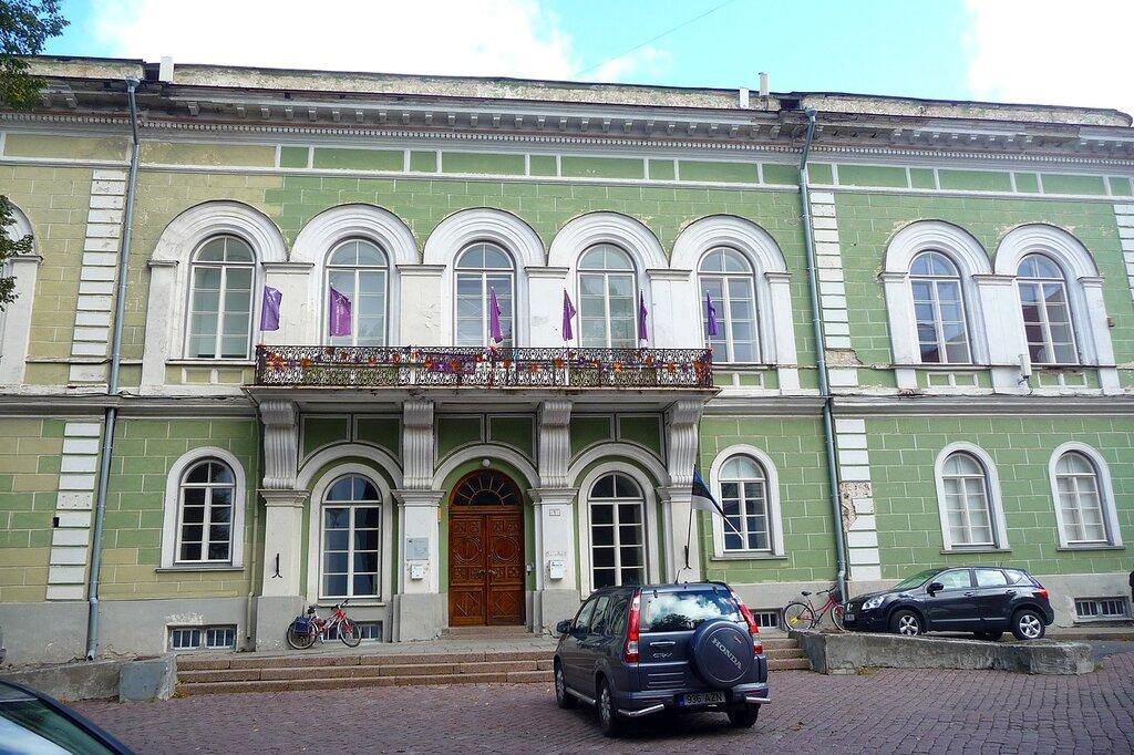 Бывший дом Рыцарского собрания на Тоомпеа.