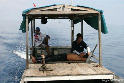 Наша лодка для поездки на Сангалаки и Какабан