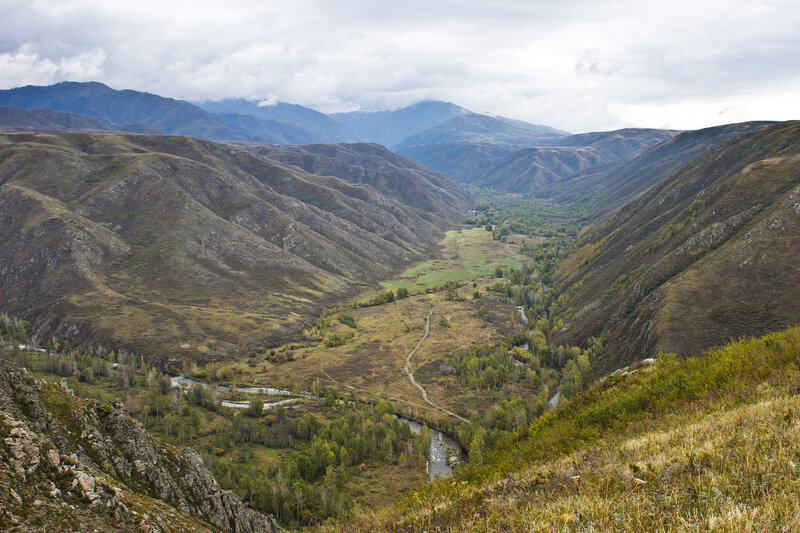 долина реки Тополевка и слияние с Маралихой