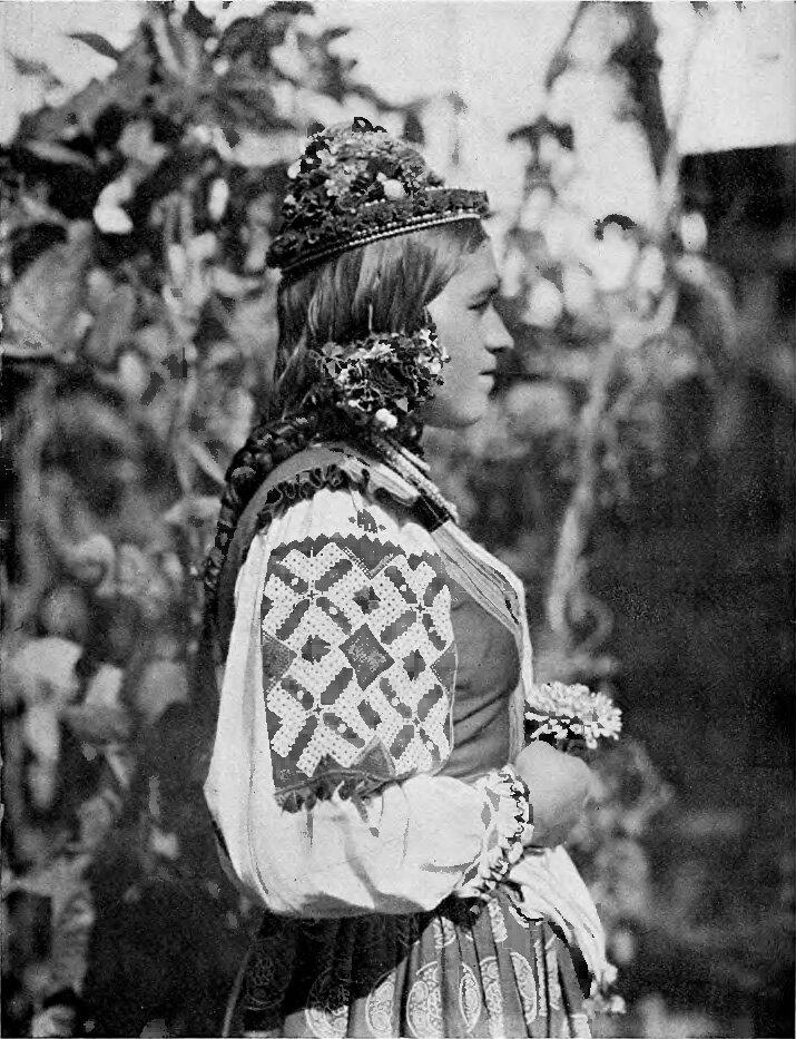 Подкарпатская Русь. Ива. Невеста в праздник 1925