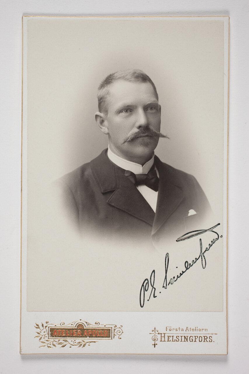 Пер Эвинд Свинхувуд (финский политический деятель, президент Финляндии в 1931—1937 годах). 1900
