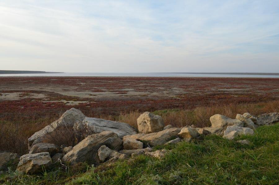 Калмыкия. Солёное озеро Маныч-Гудило