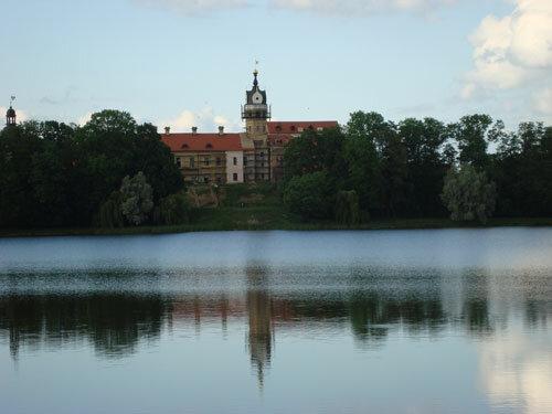 Отдых в Беларуссии: Несвижский замок снаружи