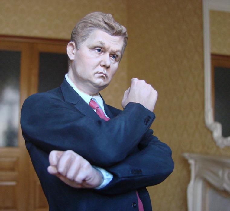 Стойкие оловянные Путины, Кобзоны и Рогозины