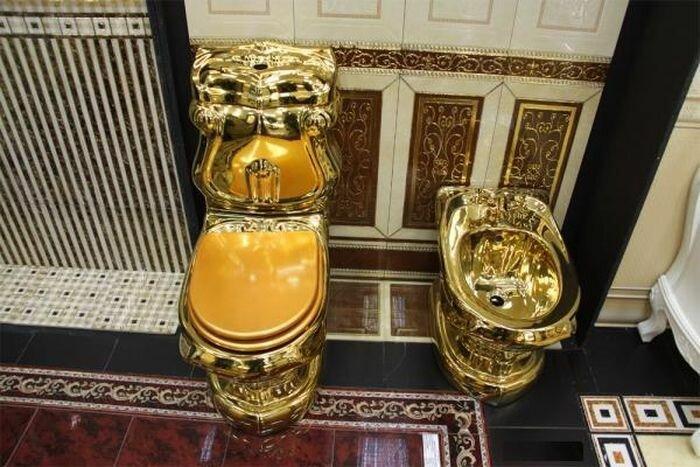 Туалеты самого богатого региона России