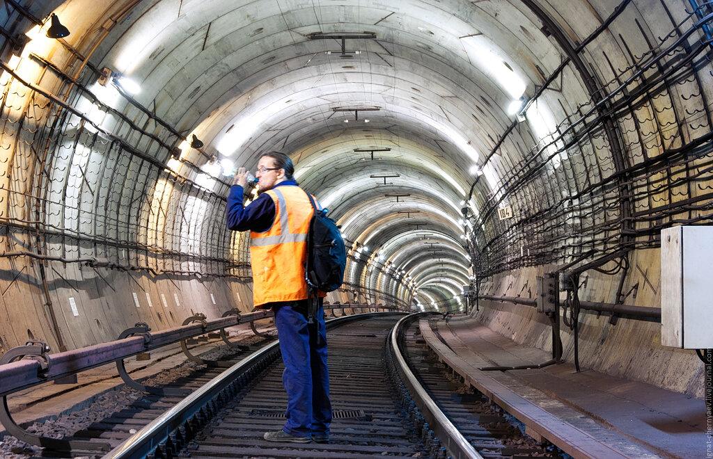 кавес в тоннеле метро размыв