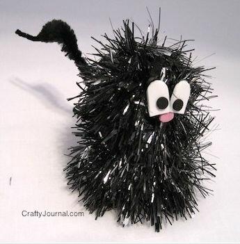 Хэллоуинская игрушка в виде кошки