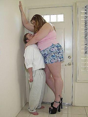 одинаковы. Трахнул красивую тетю в ее комнате спасало только общество Томки. Шепни
