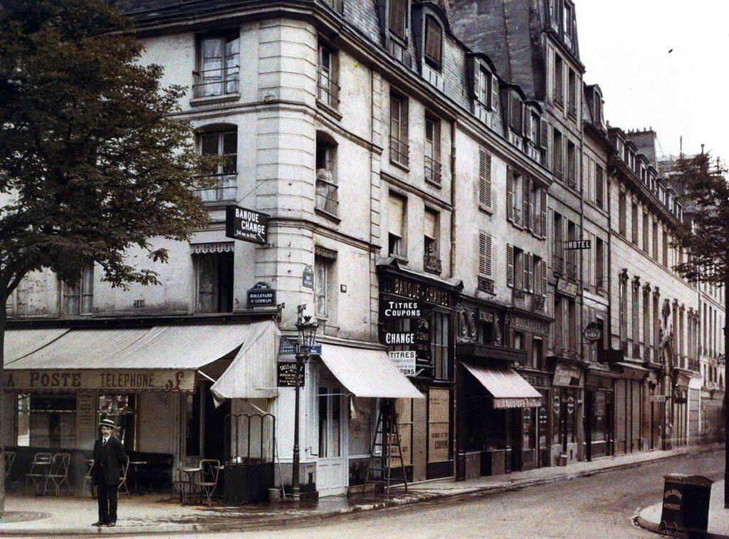 Угол улиц Сен-Жермен и дю Бак