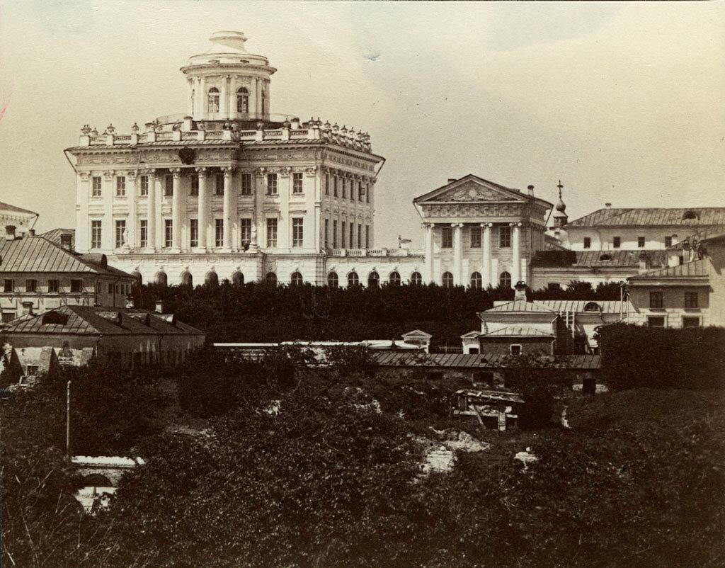Москва. Дом Пашкова западу от Московского Кремля. 1880