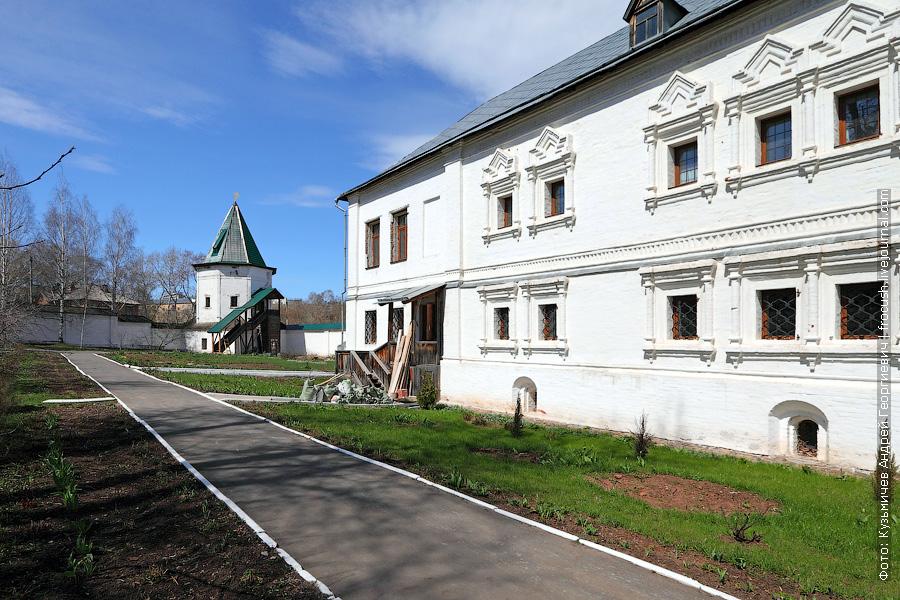 Свято-Успенский Трифонов мужской монастырь, Киров, Настоятельские кельи