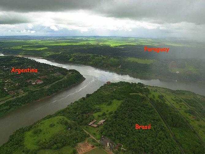 Необычные границы между государствами (9 фото)