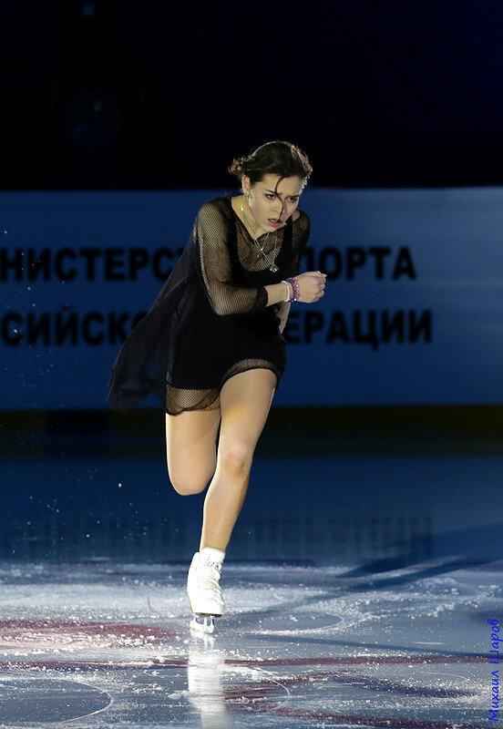 Аделина Сотникова - 2 0_1480ff_18f2b3c2_XL