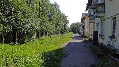 Фотография Инты №5160  Восточная сторона домов Коммунистическая 4, 3 и 2 16.07.2013_12:27
