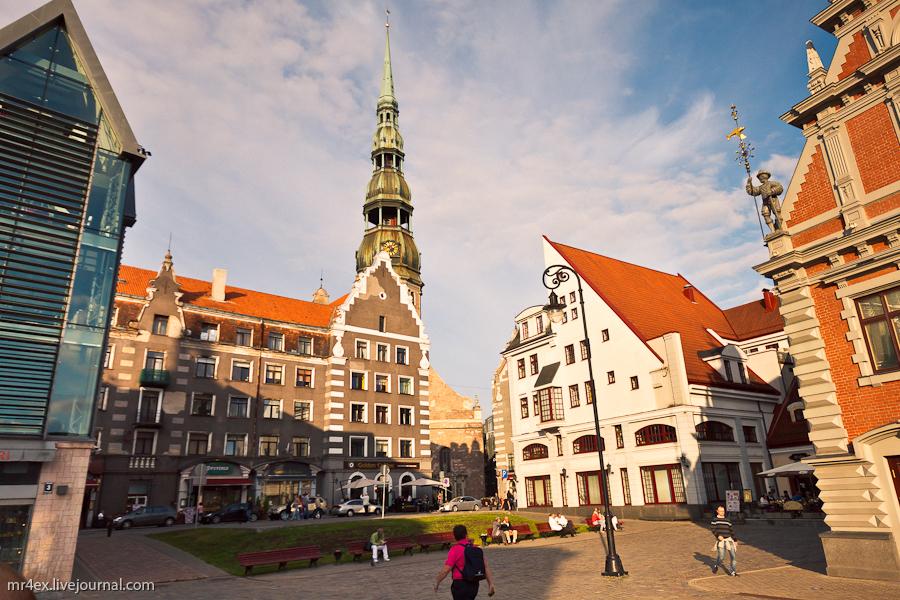 Латвия, Рига, Latvia, Riga, Старый город Риги, дом Черноголовых, Церковь Святого Петра в Риге