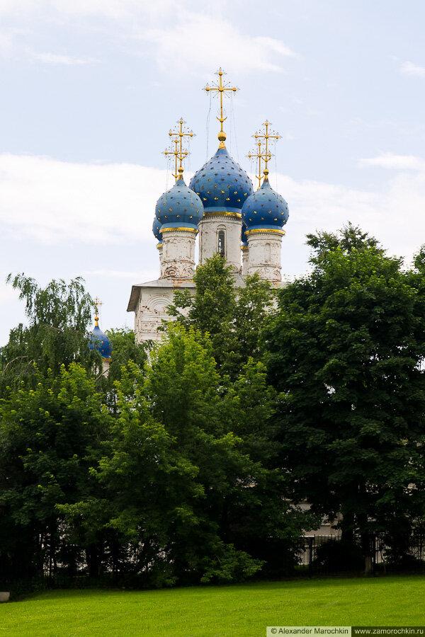 Купола церкви Казанской иконы Божией Матери в Коломенском