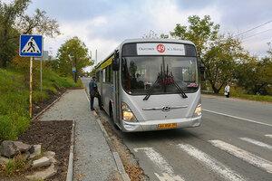 Во Владивостоке благоустраивают остановки общественного транспорта