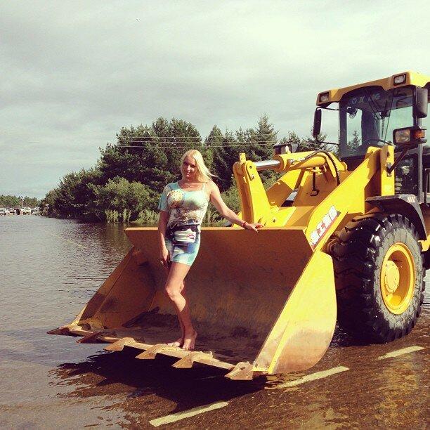 Фотосессия Волочковой на фоне наводнения разгневала блогеров
