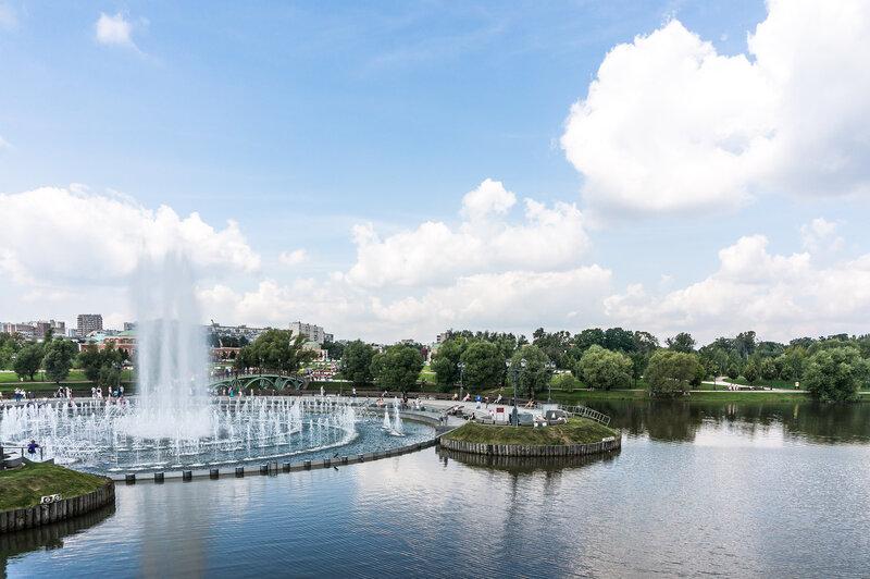 Царицынский светодинамический фонтан