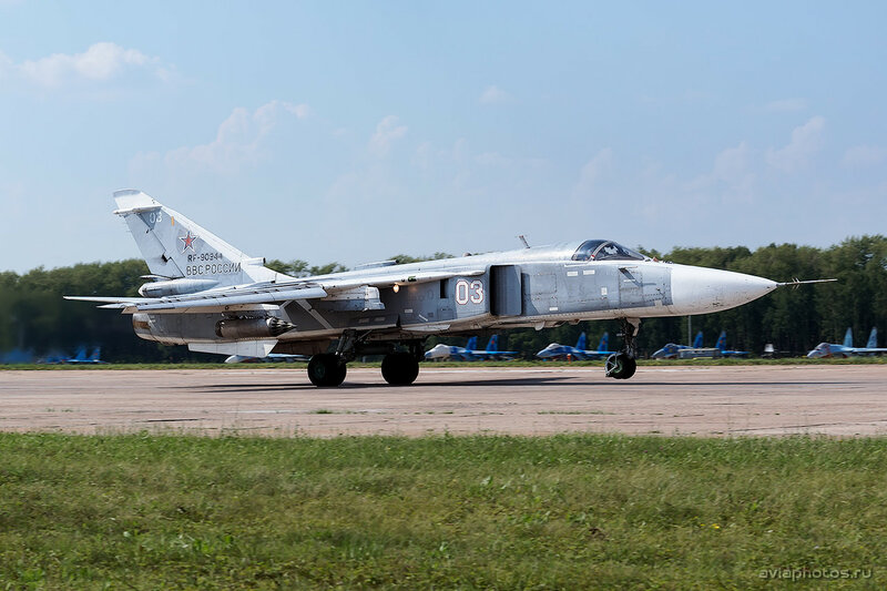 Сухой Су-24М (RF-90944 / 03 белый) ВКС России 1890_D805833
