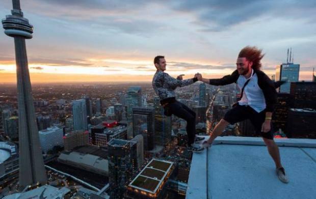 Варламов рассказал о случайной встрече на крыше в Торонто с украинским руфером Мустангов