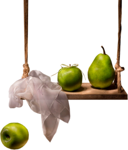 яблоки на качелях