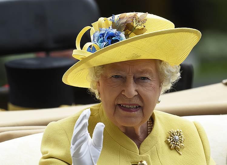 «День леди»: парад шляпок на скачках Royal Ascot 2016 0 165a20 673700ac orig