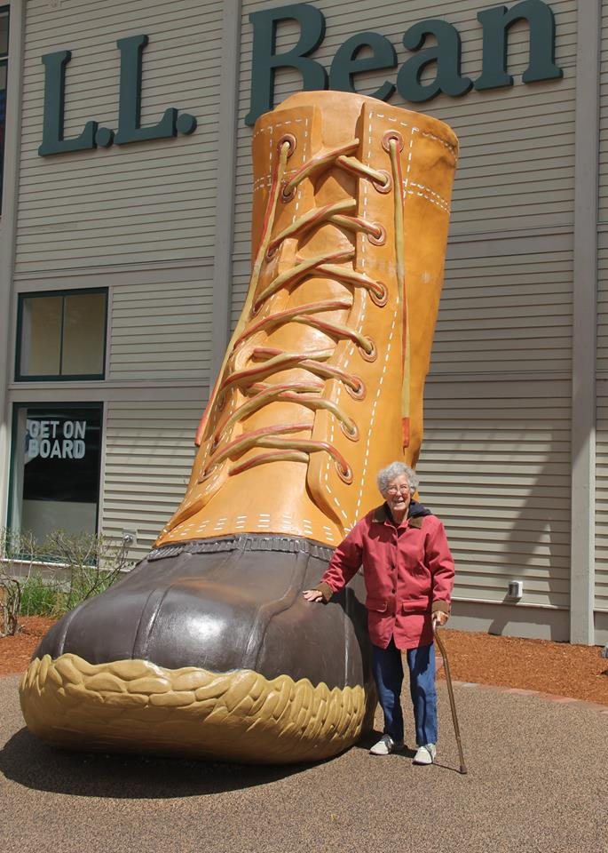 Самый большой ботинок в мире, город Фрипорт, штат Мэн.