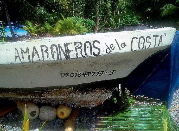 Днище 7-метровой лодки, на которой Хосе провел 14,5 месяца в океане, обросло полипами. Хозяева д