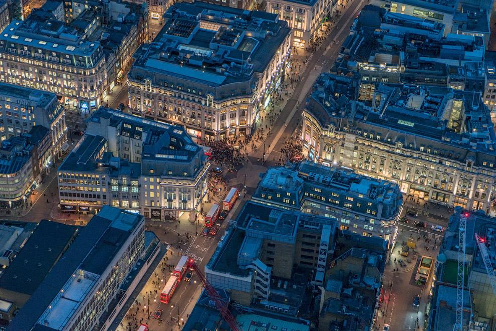 4. Девять Вязов — район Лондона, расположенного в далеком северо-восточном углу лондонского Гор