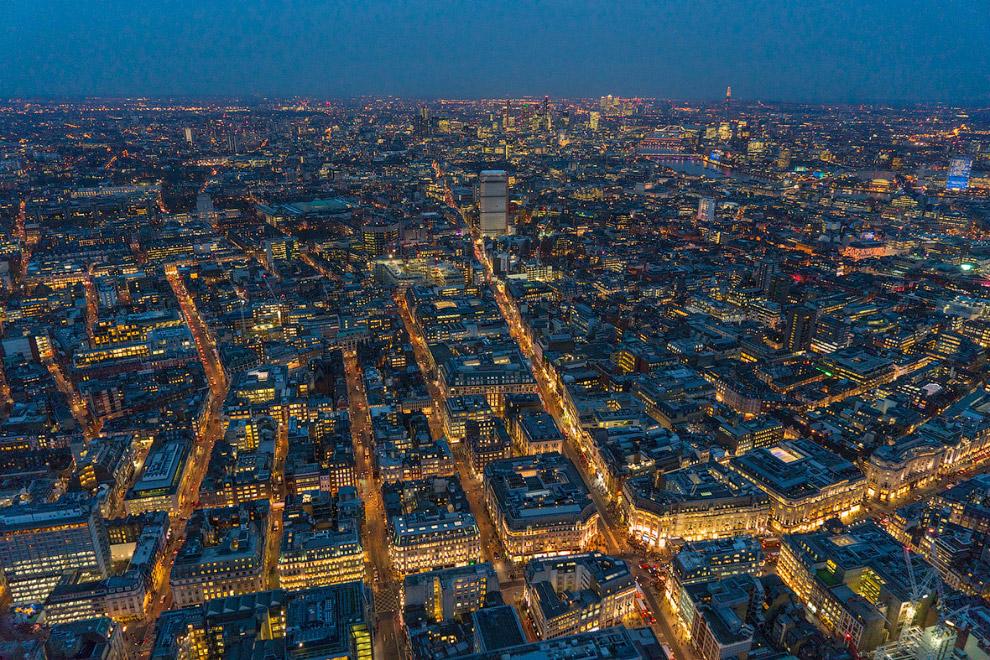 15. BT Tower — радиотелевизионная передающая станция в центральном Лондоне высотою 189 метров.