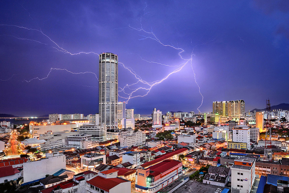 9. Второе место в категории «Города»: квартиры. (Фото Wing Ka H   National Geographic Travel Photogr
