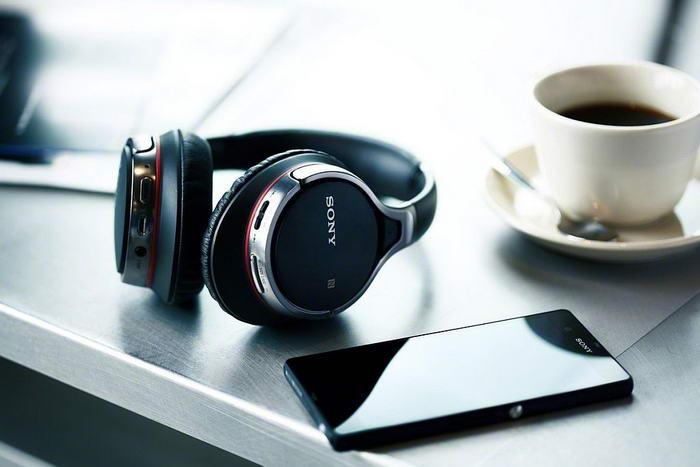 Беспроводные Bluetooth наушники. Свобода от проводов и хорошая музыка – вот, что нужно в путешествии