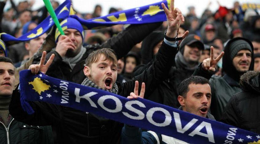 Пятнадцать футболистов получили разрешение выступать засборную Косова отФИФА