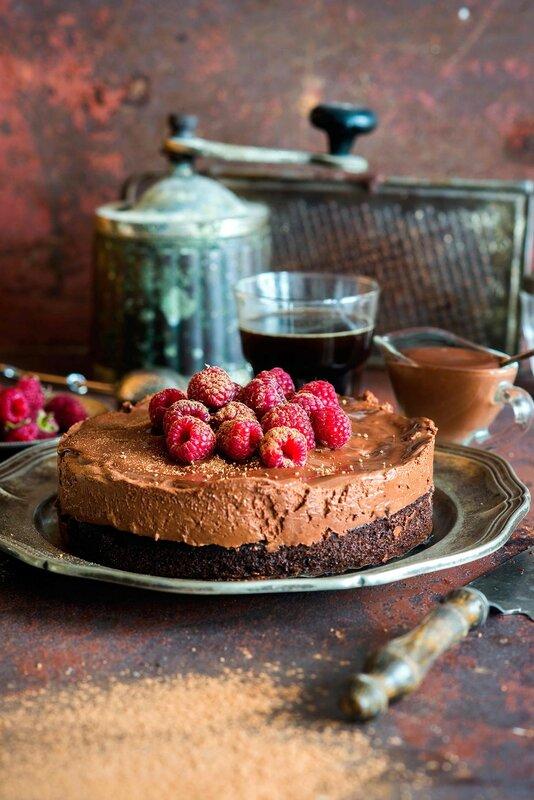 Rich_raspberry_chocolate_mousse_cake.jpg